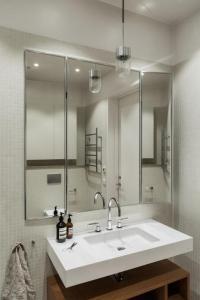 Vikbar-spegel